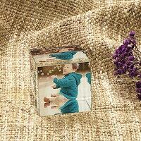 【写真入れ】アクリルキューブ(立方体)【毎年積み上げ】【思い出の写真をインテリアに】アクリルキューブペーパーウェイト写真立て写真入りプリント記念写真記念品孫子供赤ちゃん両親誕生日プレゼント結婚祝い内祝い