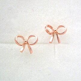 【あす楽対応】ピアス 18K ピンクゴールドピアス・フィーブル リボン レディース K18 18K 地金 スタッド 華奢 シンプル モチーフ りぼん プチピアス かわいい 小さい 立体的 可愛いピアス 誕生日プレゼント 女性 ジュエリー ギフト キュート 人気 おすすめ