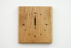 時計 木の時計 クロック 木製時計 電波時計 ピース ブラックチェリー 天然木 無垢 自然塗料 オイル リビング ダイニング 寝室 玄関 インテリア 壁掛け 贈り物 贈答 ギフト【smtb-KD】