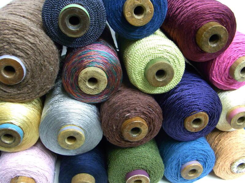 【福袋(シルク・シルク混)】 お手元にいろいろな糸を揃えたい方必見!とってもお買い得ですよ!   【RCP】【fkbr-i】