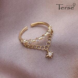 新作Terse 6粒のキュービックジルコニアの先には揺れる星型チャーム 指輪 フォークリング また2連風のリングラインは指先に華やかさをプラス プレゼントにも喜ばれる女性らしいデザ