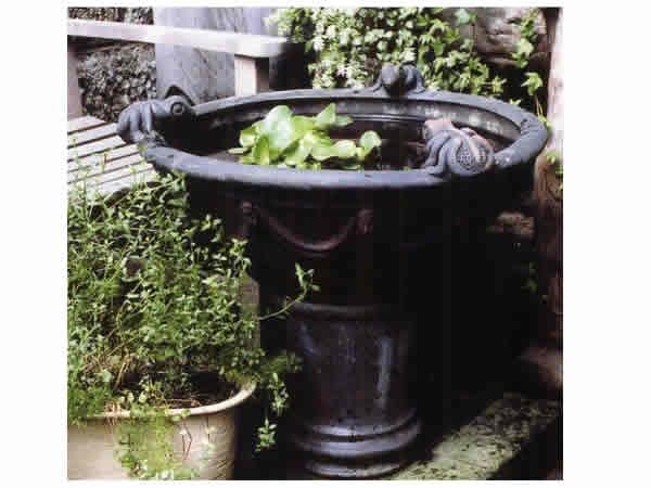 エクステリア【カエル水盤】エクステリア ガーデニング ガーデン 庭 ヨーロッパ 庭 アンティーク家具 フェンス プランター