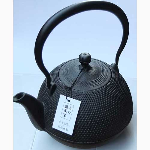 japanu0027s traditional crafts southern iron southern kettle arale patterns 12 liters 1 2 and domestic sources cast iron kettle made in japan