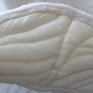 送料無料キルトマルチカバー長方形北欧【シワル】200×250cm(約3畳サイズ)ホットカーペットカバーソファーカバーかけるだけベッドカバーベットカバー3帖キルトラグウォッシャブル洗える白ホワイトグレーキルトマルチカバー