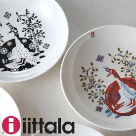 イッタラ タイカ ディーププレート 22cm 選べる2色 【 ホワイト ブラック iittala Taika 皿 】( キッチンブランチ )