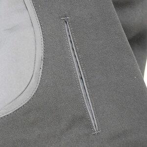 有料オプション:チケットポケット(モミ玉名刺入れ)指定 同色の通常菅止め:当店でオーダースーツを作られた方のみのオプション