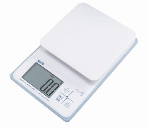 特価 送料無料 タニタ 洗えるデジタルクッキングスケール 2kg KW-220