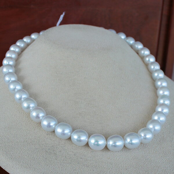 ●白蝶真珠<華麗なる白>8.7-10mm<Semi Round Shape>41コ<Reasonable Special>Necklace【値ごろ感】