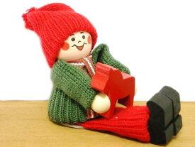 【SWALLINGS】スウェーデンの手作り民芸品 ☆ トムテ人形 膝にダーラナホースを抱えた少女クリスマス 置物 木製 可愛い インテリア 北欧 雑貨