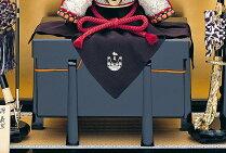 【送料無料】【2018新作五月人形】【2018新作五月人形】五月人形兜兜飾り名匠加藤鞆美作(有名甲冑師・伝統工芸士)甲冑飾りお節句飾り端午の節句初節句兜「鞆美作二分の一義家兜飾りセット」