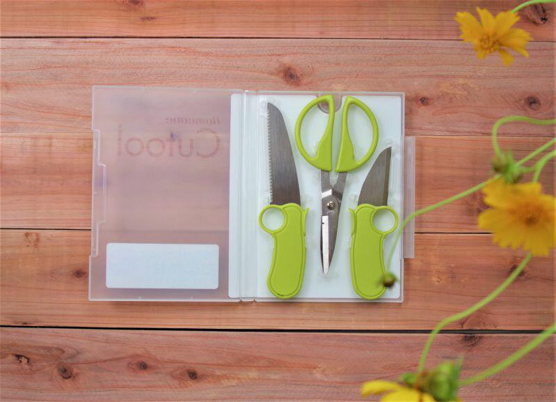 [メール便] DVDケースに入った工作3点セット(はさみ・のこぎり・ナイフ) 日本製 国産 工作セット/ Homeone Cutool / 鋏 ハサミ/ DIY・子どもの課題・宿題・図画工作にお勧め /本棚やDVDラックにしまえる小さい刃物セット。プロ用鋸会社が作る、おしゃれなアイディア商品