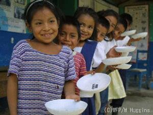 国連WFPの学校給食支援