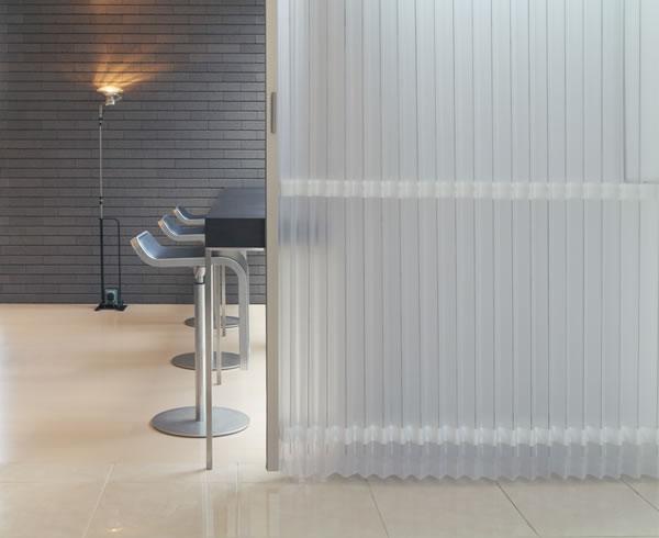TOSO アコーディオンドア(アコーディオンカーテン) クローザーエクセル ストリーム 幅151〜180cm×丈241〜250cm