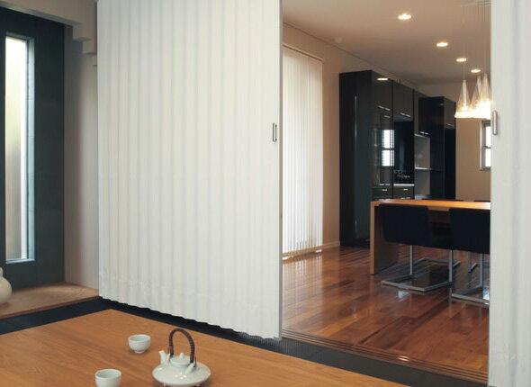TOSO アコーディオンドア(アコーディオンカーテン) クローザーライト セイエス 規格品 幅100cm×丈174cm/ 幅100cm×丈180cm