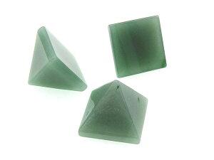 【 送料無料 】 アベンチュリン インド翡翠 ヒスイ ピラミッド ピラミッド型 三角 形 置物 天然石 パワーストーン インテリア