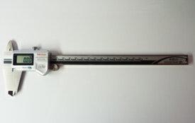 【送料無料】 ミツトヨ製防水性能を備えたデジタルノギス!データ出力有CDー30PMX