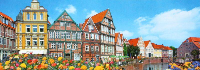 420スモールピースジグソーパズル『木組み造りの小さな町-ドイツ』《カタログ落ち商品》