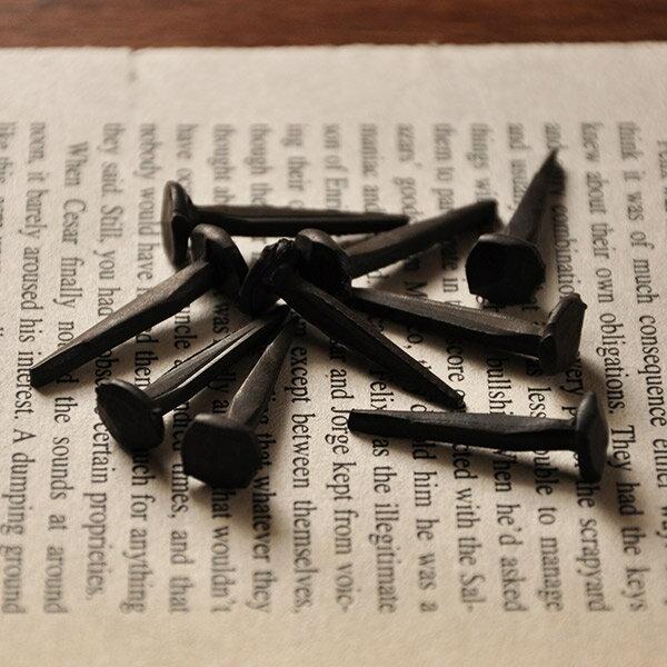 レトロ 鉄 釘 「鍛造アイアンネイル」 26mm 10本入/アンティーク おしゃれ ブラック ピン フック 画鋲【メール便発送可】