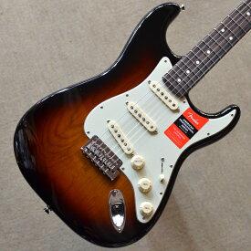 【新品】Fender American Professional Stratocaster Rosewood Fingerboard 〜3-Color Sunburst〜 #US17000232 【3.65kg】【9.5インチラジアス指板】【22ナロートールフレット】【2点支持ブリッジ】【USA製】【送料無料】【池袋店在庫品】