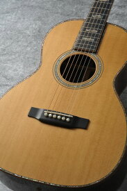 Martin Custom 00 Style45 Madagascar Rosewood 【2014年製美品中古品】 【総本店アコースティック】 【中古】 【日本総本店アコースティックギターフロア在庫品】