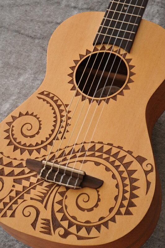 Luna Guitars Uke 6 string Tattoo bari select spruce 《6弦ウクレレ》【送料無料】【ONLINE STORE】