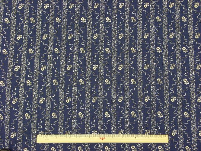 ※現品限りUSAコットン生地 Windham Fabrics RAIN BLOSSOM花柄 28184-4 商用利用可能