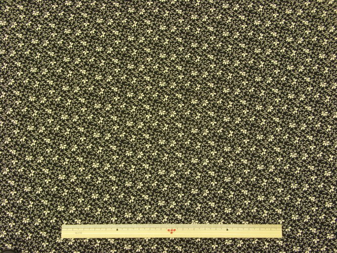 ※現品限りUSAコットン生地 Windham Fabrics RAIN BLOSSOM花柄 28182-2 商用利用可能