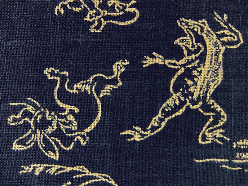 和柄 生地 布 藍染め調 ムラ糸 捺染プリント 鳥獣戯画 KW7070−7A紺色 モーリークロス 商用利用可能