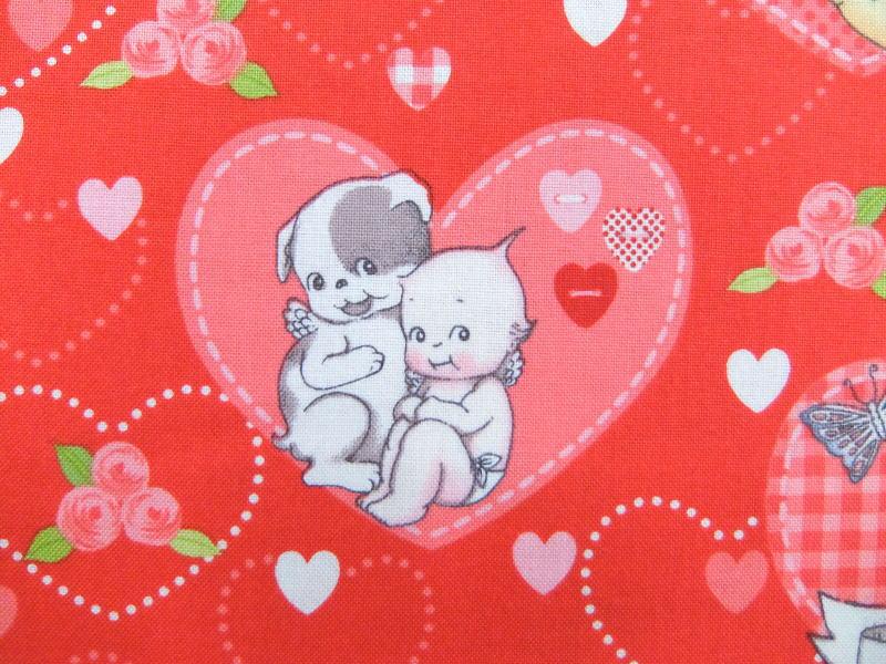 2017年 キャラクター生地 布 輸入 USAコットン キューピーラブ C5820red Kewpie Love ライリーブレイク キューピー人形 入園入学 商用利用可能