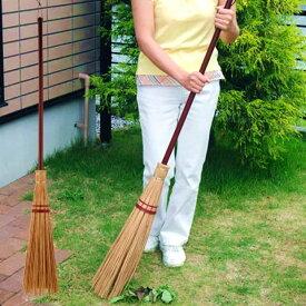 送料無料!※代引不可※本州限定配送品※芝生を傷つけずに落ち葉・ゴミだけをしっかりと掃きとる!砂利の中からもゴミだけを掃き集める!アスファルトの掃除にもおすすめ!アズマ工業 屋外用 庭箒 名匠 168 外苑ほうき