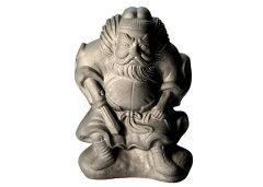 「京瓦」の伝統技術で作られる魔除けの置物桃山鍾馗(小)