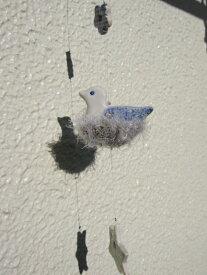 『ミニオーナメント バードネスト スター』窓辺に吊るしたり壁にかけて楽しむ小さなオーナメント