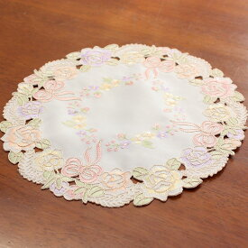 約25cmR(円形)リボンとローズ刺繍&カットワーク ドイリー(花瓶敷き)【ゆうパケット選択可】