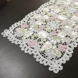 テーブルセンター 約40x75cm【ゆうパケット選択可】 カロチャ調刺繍&カットワーク