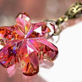 『Crystal snow flower 〜 頬染める雪の花 〜』 ガラスアクセサリー ネックレス・ペンダント ダイカット(平面造形)タイプ