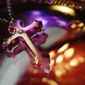 『HOLYNIGHT CROSS』 ガラスアクセサリー ネックレス・ペンダント クロスタイプ
