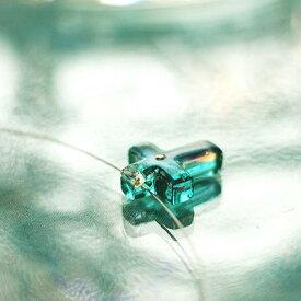 『Pretty cross / 〜 ダイアモンドのささやき 』 ガラスアクセサリー ネックレス・ペンダント クロスタイプ