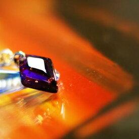 『紫光 〜 Elegant violet 〜』 ガラスアクセサリー ネックレス・ペンダント 四角・多角・星タイプ