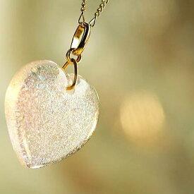 『Gentle dichroic heart』 ガラスアクセサリー ネックレス・ペンダント ハートタイプ