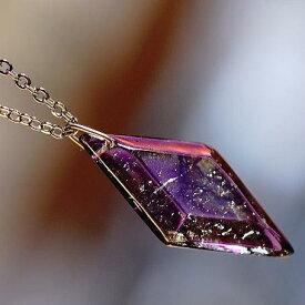 『Noble Viola 』 ガラスアクセサリー ネックレス・ペンダント 四角・多角・星タイプ