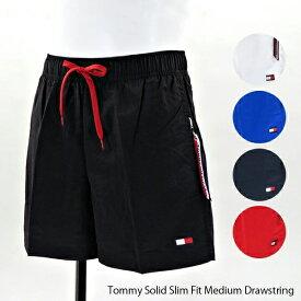 【並行輸入品】【ご返品不可】『TOMMY HILFIGER-トミーヒルフィガー-』Tommy Solid Slim Fit Medium Drawstring 〔UM0UM01080〕メンズ 水着 ビーチウェア 海パン