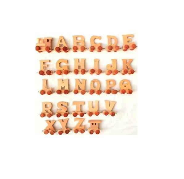 アルファベット トレイン (A〜N、はじめの車両) 【BINO (ビーノ)】 チェコ 【木製 オブジェ】ウェルカム welcome インテリア イニシャル ナチュラル 北欧 木のおもちゃ 知育玩具 出産祝い 誕生日 プレゼント 開店祝い ブライダル 結婚式 ウェディング 玄関