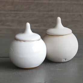 【Mom】 ミニ シュガーポット 小物入れ 小さい ナチュラルカラー 丸い 陶器 日本製