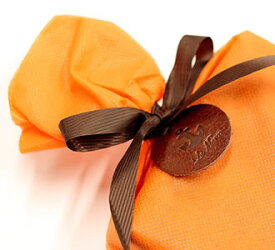 ●●● ラッピング ●●● ラマーレ ギフト プレゼント 革 メンズ レディース 財布 長財布 母の日 人気 贈り物 ラッピング用品