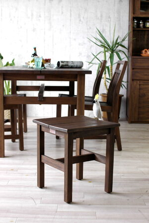 【送料無料・翌日出荷】籐スツールラタン製椅子(イス・チェア)C418BK