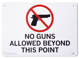 看板 店舗用 アメリカン サインボード ピストル( NO GUNS CA-70 )ここより先は銃の持ち込み不可 メッセージ看板 プラスチック看板 案内看板 西海岸風 インテリア アメリカン雑貨