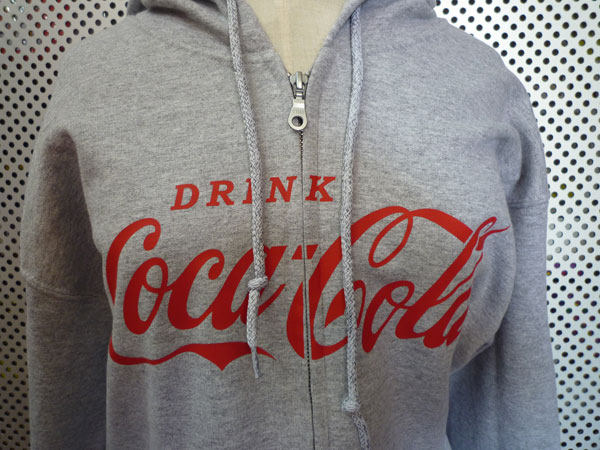 コカコーラ スエットパーカー Coca-Cola/グレー ジップパーカー ロゴパーカー USA アメリカンクラッシックロゴマーク アメリカン雑貨 アメ雑