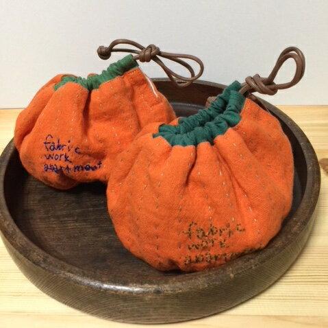 【メール便対応可】オレンジ巾着 小物入れ リバーシブル ハンドメイド 可愛い