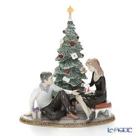 リヤドロ ふたりのクリスマス (クリスマスツリー) 08665 台座付 リアドロ LLADRO 記念品 結婚祝い 置物 オブジェ 人形 フィギュリン インテリア