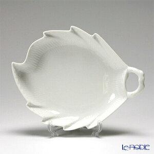 【ポイント10倍】ロイヤルコペンハーゲン (Royal Copenhagen) ホワイト フルーテッド ハーフレース ディッシュ(葉型) 23×18cm 1128357/1017284 北欧 ホワイトフルーテッド プレート 皿 お皿 食器 ブラン